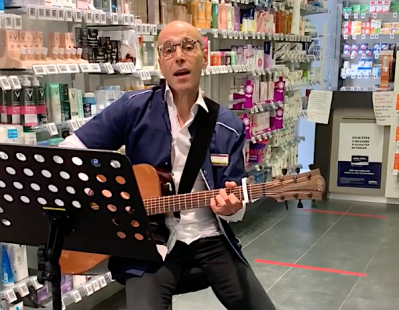 Le pharmacien chanteur